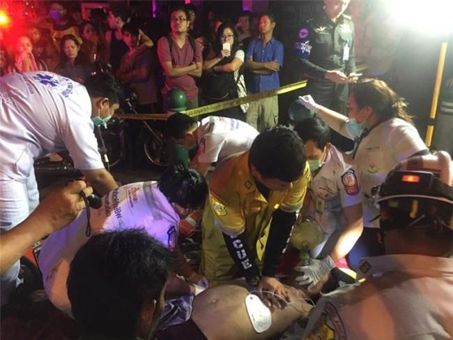 Thái Lan: Chung cư 15 tầng bốc khói ngùn ngụt, 3 người dân thiệt mạng - Ảnh 3.