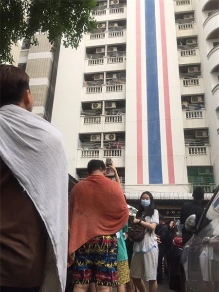 Thái Lan: Chung cư 15 tầng bốc khói ngùn ngụt, 3 người dân thiệt mạng - Ảnh 4.