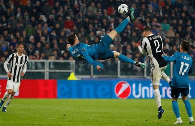 Ronaldo lap cu dup, Real nhan chim Juventus tren san khach hinh anh 2