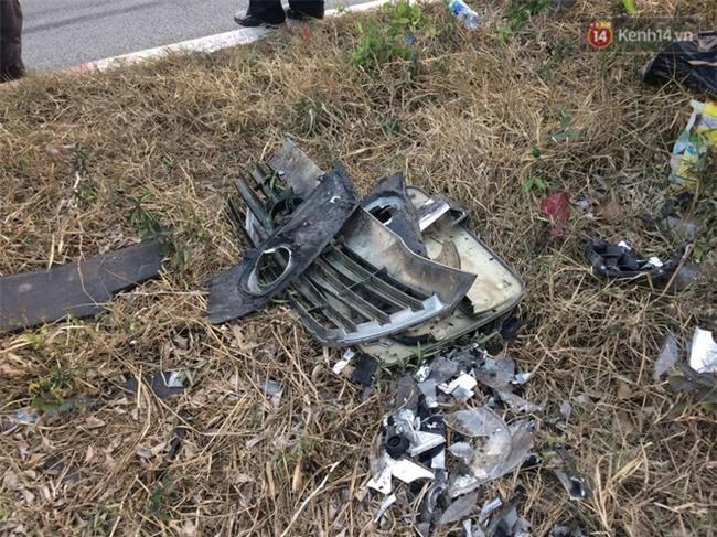 Chùm ảnh: Hiện trường vụ tai nạn liên hoàn trên cao tốc Long Thành - Dầu Giây vì khói rơm rạ mù mịt tấn công - Ảnh 10.