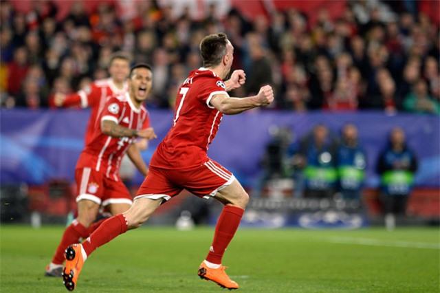 Bàn thắng khá may mắn của Bayern