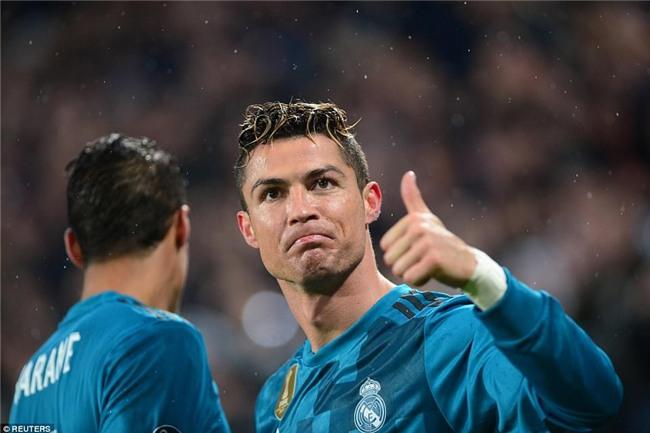 Buffon giơ ngón tay cái, khẳng định Ronaldo là số 1 - Ảnh 8.
