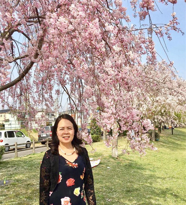 Mẹ ruột Hương Giang: Làm lễ trừ tà cho con khỏi ma nữ nhập và nỗi dằn vặt suốt 7 năm - Ảnh 1.