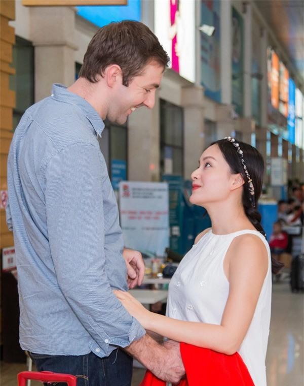 Hình ảnh Lan Phương nhỏ bé nhưng luôn hạnh phúc bên chồng Tây cao 2m - Ảnh 3.