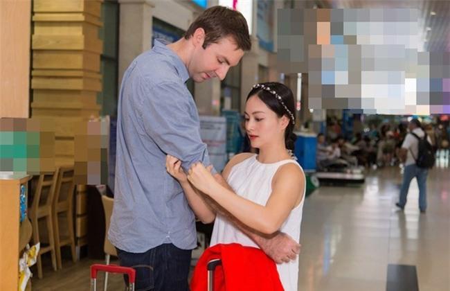 Hình ảnh Lan Phương nhỏ bé nhưng luôn hạnh phúc bên chồng Tây cao 2m - Ảnh 4.