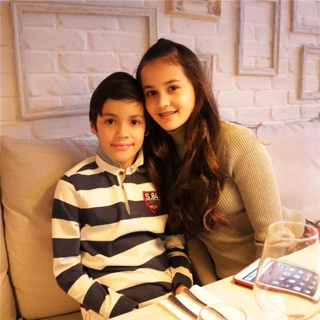 Cậu bé lai người Thái Lan gây sốt vì quá đẹp trai và được ví là David Beckham mới - Ảnh 9.