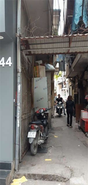 Hà Nội: Nỗi đau của gia đình bảo vệ siêu thị ngã xuống đất tử vong sau khi giằng co chiếc ô che nắng với dân phòng - Ảnh 4.