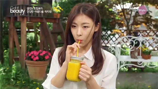 Dù đã bước sang tuổi 40 nhưng Ha Ji Won có bí quyết gì mà vẫn trẻ trung như gái đôi mươi? - Ảnh 6.