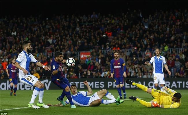 Barca 3-1 Leganes: Messi lập hat-trick, vươn lên dẫn đầu cuộc đua Giày vàng - Ảnh 3.