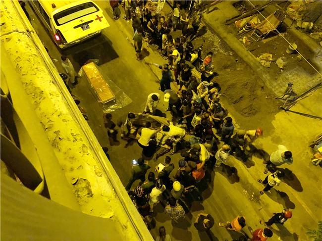 TP.HCM: Ô tô điên mất lái, húc văng người đàn ông đi xe máy rơi khỏi cầu Kênh Tẻ tử vong - Ảnh 1.