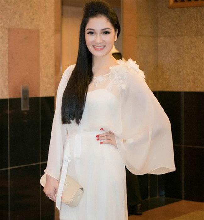 Giữa dàn Hoa hậu xinh đẹp và giỏi giang này, bạn sẽ chọn ai ngồi ghế giám khảo Hoa hậu Việt Nam 2018? - Ảnh 11.