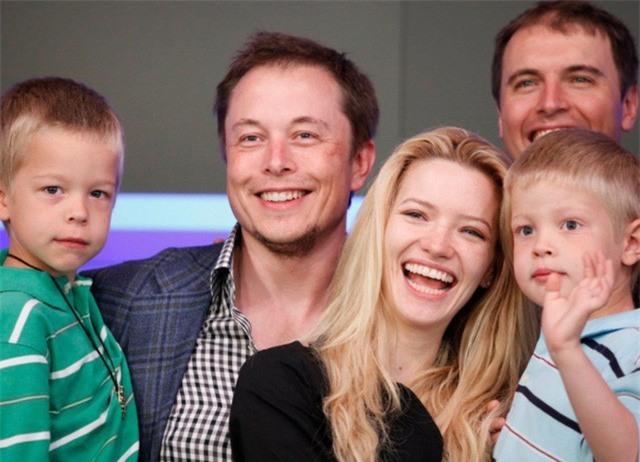 """Cuộc sống của """"cậu ấm cô chiêu"""" trong các gia đình tỷ phú giàu nhất thế giới - Ảnh 5."""