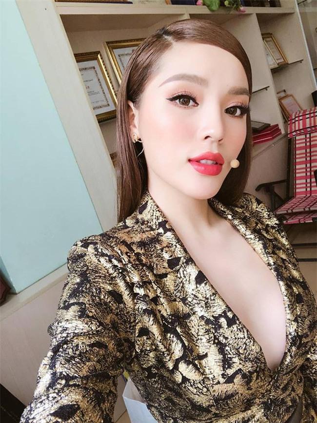 3 người đẹp sàn sàn tuổi Kỳ Duyên, Angela Phương Trinh và Nam Em: sau những nghi án thẩm mỹ liên tiếp, hiện giờ nhan sắc ra sao-4