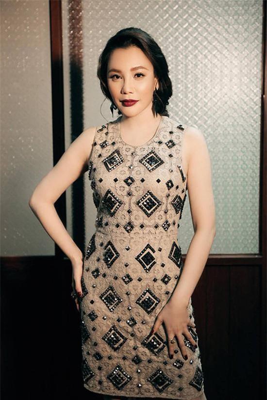 Sự giàu có của Hồ Quỳnh Hương sau khi tuyên bố rút khỏi làng giải trí-18