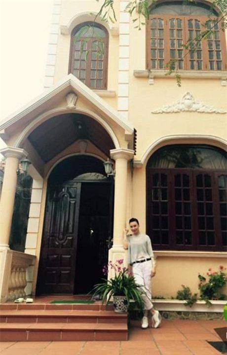Sự giàu có của Hồ Quỳnh Hương sau khi tuyên bố rút khỏi làng giải trí-2
