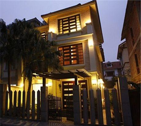Sự giàu có của Hồ Quỳnh Hương sau khi tuyên bố rút khỏi làng giải trí-3