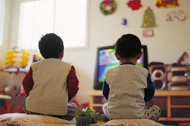 Nếu bạn luôn thắc mắc vì sao trẻ con lại mê xem quảng cáo đến thế thì đã có câu trả lời rồi - Ảnh 1.