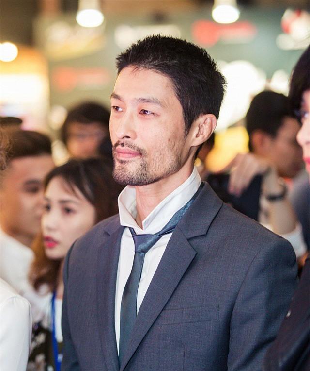 Johnny Trí Nguyễn - Ngô Thanh Vân: Người thăng hoa cả sự nghiệp, nhan sắc, kẻ gầy rộc, hom hem - Ảnh 9.