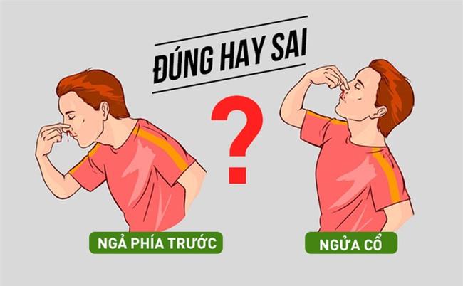 Chuyên gia chỉ rõ nên ngả phía trước hay ngửa đầu ra sau khi chảy máu cam-1