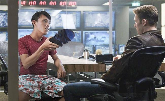 Người Việt duy nhất mặc quần hoa, đi dép lào xuất hiện trong cảnh phim bom tấn Hollywood - Ảnh 4.