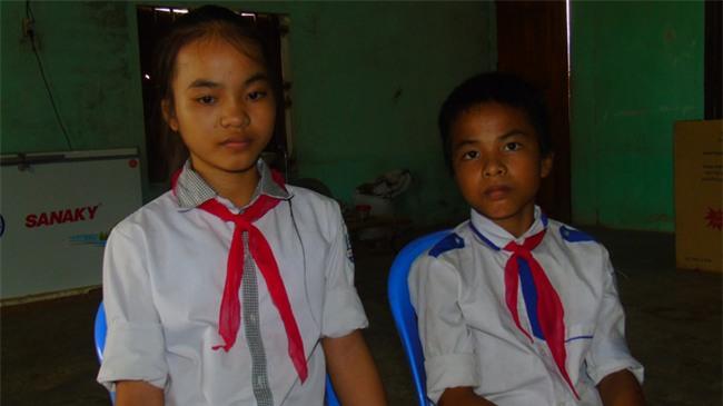 5 năm sau ngày bố dùng búa đinh đoạt mạng mẹ, hai đứa trẻ bất hạnh chỉ mong có gian nhà nhỏ để thờ phụng mẹ - Ảnh 1.