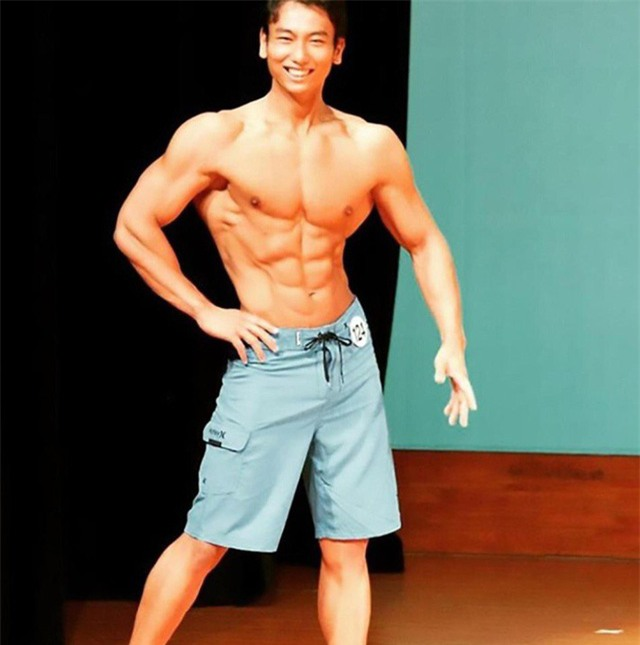 Sugawara ngoài đời thực là một vận động viên thể hình điển trai