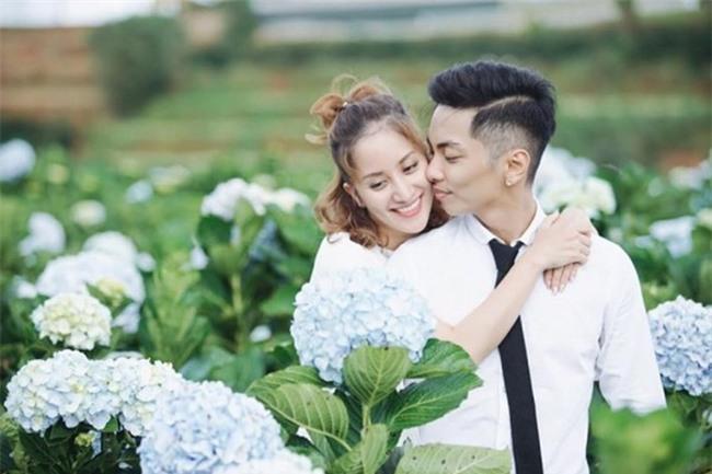 Showbiz Việt cũng có những cuộc tình kiểu chị đẹp mua cơm ngon cho tôi như thế này