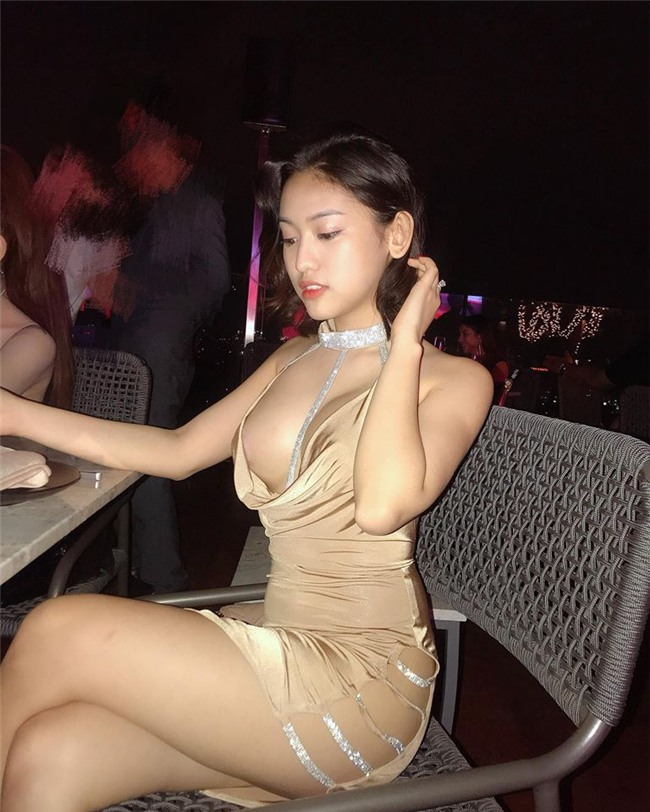 """""""giat minh"""" vi thuy vi tang can, tung anh khoe vong day 1 lap lo hinh anh 4"""