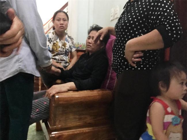 Con gái tử vong ở Nhật, cha mẹ bất lực vì không vay được đủ tiền đưa xác con về quê - Ảnh 3.