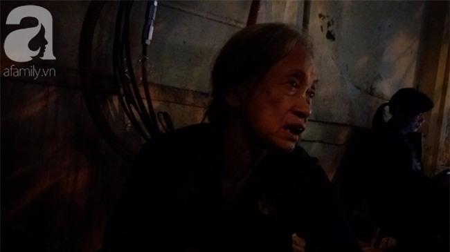 Mẹ của nạn nhân bị xe bán tải kéo lê: Nhà có một mẹ một con, khi đi Đạt không mang theo điện thoại và giấy tờ nên tôi cứ chờ cả đêm - Ảnh 2.