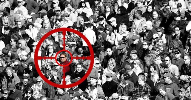 AI phát hiện ra nghi phạm bị truy nã trong đám đông hơn 60.000 người. (Ảnh minh họa)