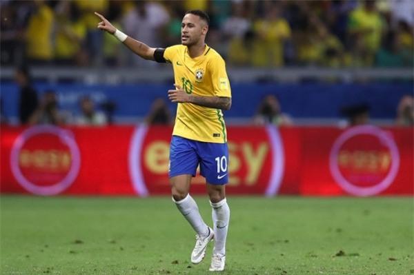 Neymar vùi đầu vào trò chơi 'đỏ đen' cùng Ro 'béo' - Ảnh 2.