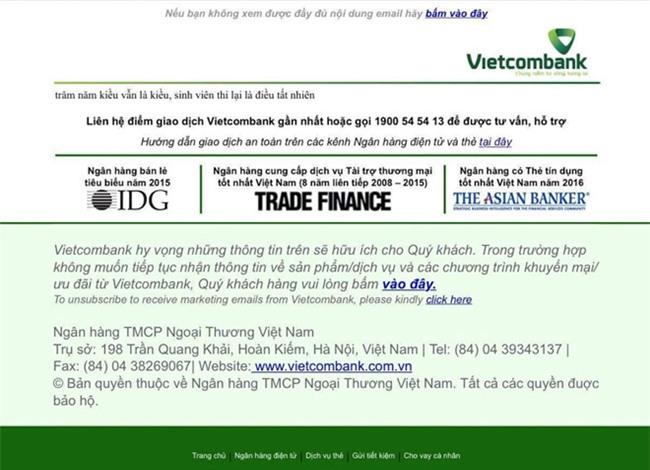 Website Vietcombank hiển thị hai câu thơ chế