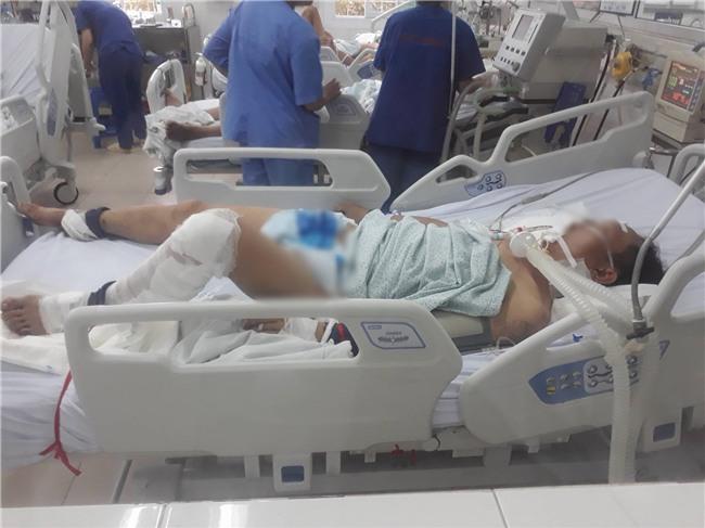 Mẹ nạn nhân bị kéo lê ở Hà Nội: Tôi che mặt, không dám xem clip hiện trường vì những gì xảy ra với con quá kinh khủng - Ảnh 2.