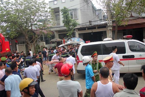 Lào Cai: Đào móng nhà, sạt taluy khiến 3 người chết, 1 người bị thương - Ảnh 1.