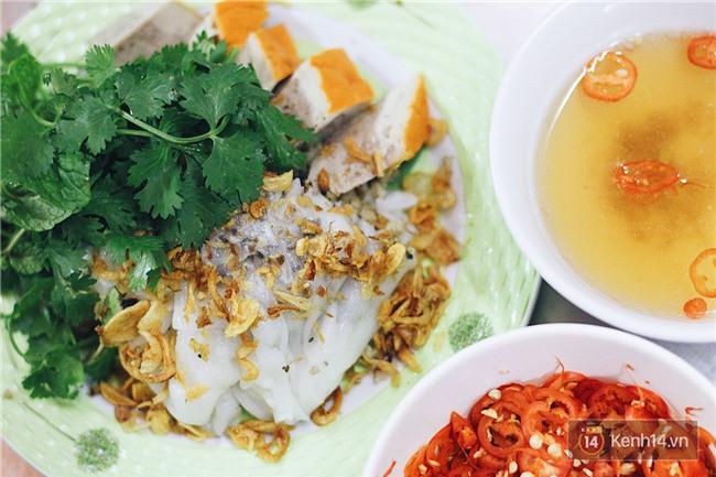 Hàng bánh cuốn lâu năm ở Hà Nội có món nước chấm đặc biệt không hề dùng mắm - Ảnh 8.