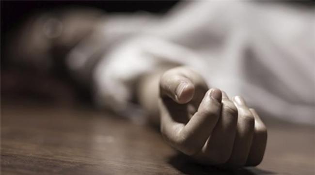 Sau khi sát hại, con gái tung tin mẹ bỏ nhà theo trai