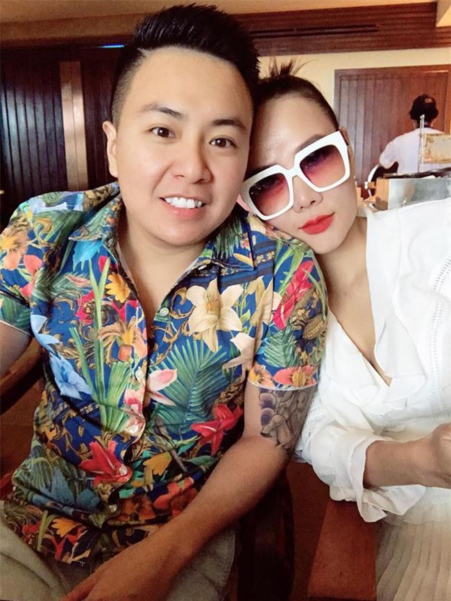 Chân dung bạn trai thành đạt, kém 12 tuổi của cựu mẫu Dương Yến Ngọc - Ảnh 1.