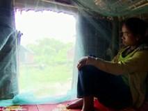 """Clip túp lều thoải mái """"ăn trái cấm"""" ở Campuchia"""