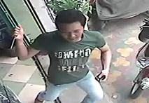Tấn công chủ tiệm điện thoại, cướp iPhone 4
