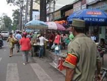 TP.HCM: Rút giấy phép cơ sở ăn uống thiếu chỗ để xe