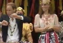 Vợ chồng hoàng gia Anh nhảy múa cùng thổ dân