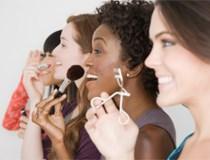 Make up: Nên và không nên