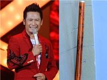 'Soi' chiếc điếu cày Bằng Kiều tặng Wanbi Tuấn Anh