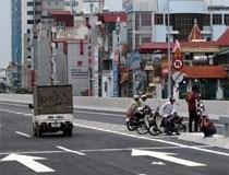 Nhiều bất cập tại đường trên cao Hà Nội
