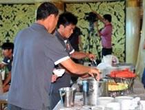 VFF sẵn sàng chi tiền cải thiện bữa ăn cho ĐTVN