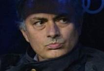 Mourinho cay đắng đầu hàng Barca