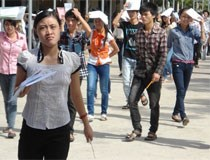 Quy định mới về đào tạo liên thông: Sinh viên khóc, trường e ngại!