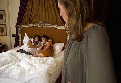 3 lần chồng ngoại tình ngay lúc vợ mang bầu và sinh nở