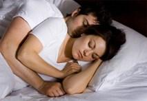 Tôi ôm vợ mà mơ về người tình cũ